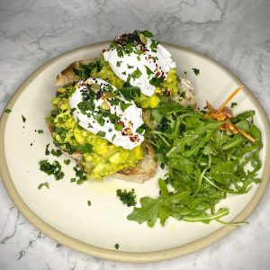 Crushed Avo on toast( V, DF, PB*)